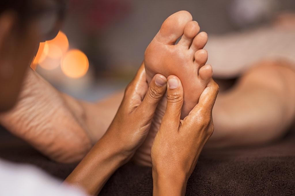 reflexology foot massage technique